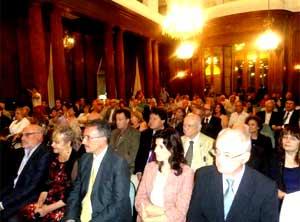 Concurrencia en la Legislatura de la Ciudad de Buenos Aires, en el acto oficial en homenaje de la capital de Argentina a la Federación de Asociaciones Españolas en Argentina, FEDESPA, al cumplir su cincuenta años de actividades