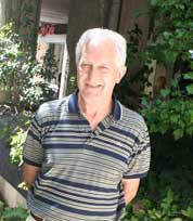 César Tamborini Duca, odontólogo y escritor argentino residente en Veguenilla del Órbigo, León, España