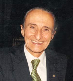 Doctor Horacio Munir Haddad, prestigioso médico argentino, fundador de la Clinica Modelo Los Cedros en San Justo, provincia de Buenos Aires. Creador de la Fundación Los Cedros en la ciudad de Buenos Aires, con delegación en la República del Libano
