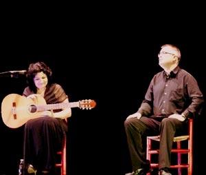 """Susana Lagos y Jordi MIcó, El Gran Jordief, en plena representación del espectáculo """"Susana y Yo"""", con giras por la Comunidad Valenciana"""