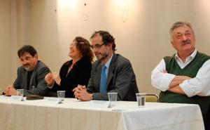 Mesa presidencial del acto en homenaje al Bicentenario de la Bandera Argentina en Barcelona