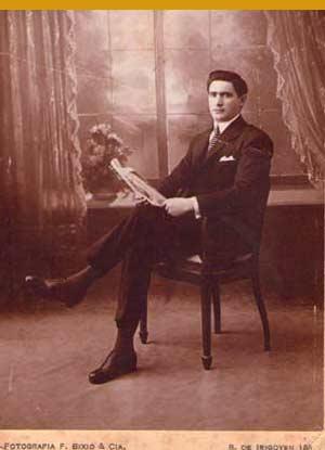 Albino Mallo, propietario del Café El Derby de Vigo, sacada en su etapa de inmigrante español en Buenos Aires, Argentina