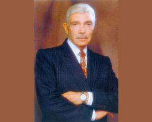 Alejandro Romay, locutor y luego creador de emisoras de radio y televisión en Argentina, nacido en San Miguel de Tucumán
