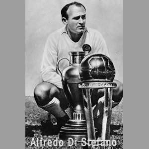 Alfredo Di Stefano. jugador argentino de fútbol que brilló en Europa jugando como delantero del Real Madrid Club de Fútbol de España