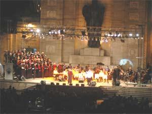 Concierto Música por Deporte, en el Monumento Nacional a la Bandera, en Rosario, Argentina. Arreglador, Gabriel Alustiza, año 2006