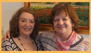 La cantante gallega Angeles Ruibal y la escritora argentina Susana Maceira durante su encuentro en Cangas do Morrazo, ría de Vigo, provincia de Pontevedra, España