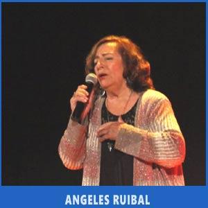 La cantante gallega Angeles Ruibal interpretó a Yupanqui y María do Carme Kruckenberg en Auditorio de Teis, Vigo, Julio 2017, fiesta de los argentinos