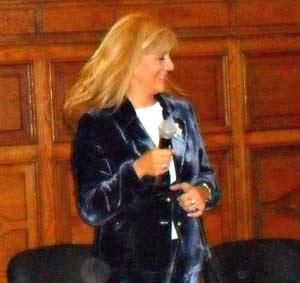 La locutora y periodista argentina Beatriz Jumilla, realizadora del programa Viajar es un placer en FM Radio Cultura de Buenos Aires