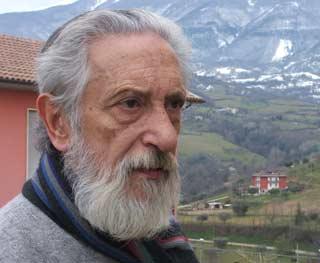 Carlos Sánchez, poeta argentino que vive en Folignano, Ascoli Piceno, Le Marche, Italia