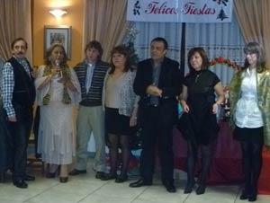 Comisión directiva de la Asociación Casa Argentina de La Coruña deseando felices fiestas en la Navidad 2010 a sus asociados y amigos.