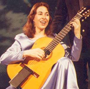 Cristina Cid, concertista argentina de canto y guitarra clásica, durante su stage en la Universidad Laval de Québec, Canadá