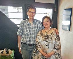 Diego Ruibal, argentino de origen gallego, con la cantante Ángeles Ruibal en Buenos Aires