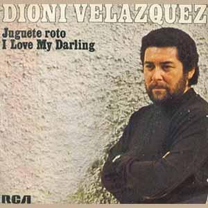 El cantante y guitarrista argentino Dioni Velázquez, nacido en Santa Elena, Provincia de Entre Ríos, Argentina. Reside en La Navata, Sierra de Madrid