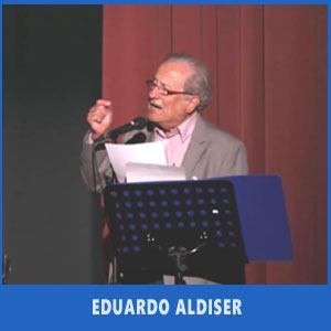 El locutor argentino Eduardo Aldiser abriendo el Festival Argentino de Vigo en Julio 2017, Auditorio de Teis
