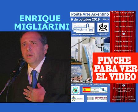 El cantor de tango Enrique Migliarini de Barracas, Buenos Aires, Argentina, residente en Vigo actuó en el Teatro Principal de Pontevedra