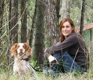 La cantante argentina Gaby Biltot en su entorno preferido, la naturaleza. Apoya con su actividad artística los movimientos ecologistas del mundo por la preservación del medio ambiente