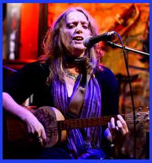 Gloria Geberovich, cantante, músico, autora y compositora argentina, componente del dúo Geberovich - Klainer