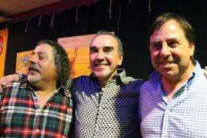 El cantante argentino Gustavo Patanchón junto a sus compañeros del trío Palikaly, Víctor Rodrigo y David Elías