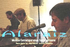 Conjunto de Folklore Sudamericano Alaraíz que ha formado el cantautor argentino Gustavo Patanchón junto a músicos italianos y una cantante rumana, en Brescia, Italia