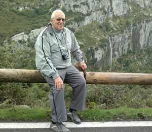 """Honorio Guerra Gómez, argentino residente en Laredo, España, realizador del programa de radio """"Laredo... esquina Tango"""""""