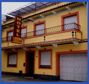 Fachada actual del Hotel El Crisol de calle Sarmiento al 3000 en Rosario, Argentina