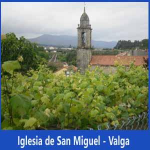Iglesia de San Miguel en el Concello de Valga, itinerario del Camino Portugués de Santiago, cruzando la provincia de Pontevedra