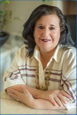 Iris Iglesias, escritora y poeta argentina que vive en Alcalá de Henares, España