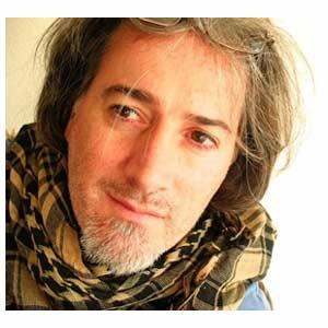 Joaquín Gómez, actor entrerriano nacido en Gualeguaychú y criado en Villa Paranacito, ambas en la Provinvia de Entre Ríos, Argentina. Reside en Madrid, España