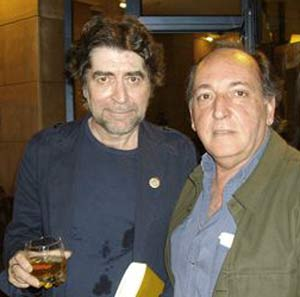 El cantautor español Joaquín Sabina junto al escritor argentino Ernesto Mallo