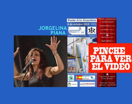 Jorgelina Piana en su faceta como cantante de tango, abriendo Ponte Arte Arxentino que surgió por su idea y producción en el Teatro Principal de Pontevedra