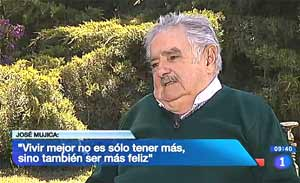 Vídeo de la entrevista del presidente uruguayo José Múgica en Los Desayunos de Televisión Española, viernes 31 de mayo 2013