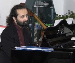 Juan María Solare, pianista argentino residente en Bremen, Alemania, participante en el Primer Festival Latinoamericano de Piano en Londres, Inglaterra