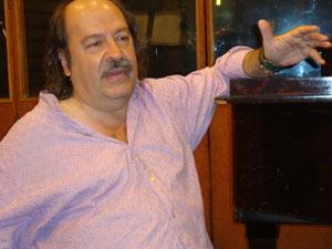 Litto Nebbia, cantante, músico, autor, compositor y productor discográfico argentino, impulsor del Sello Melopea Discos