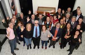Locutores de Radio Nacional de Argentina, el 3 de julio 2013, al insituirse el nombre a Antonio Carrizo a la Sala de Locutores de la sede central de La Radio Pública, en el mítico estudio de Maipú 555 de Buenos Aires
