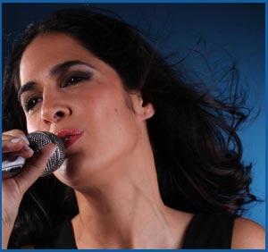 Lucía Echagüe, cantante argentina que reside en Lisboa, Portugal