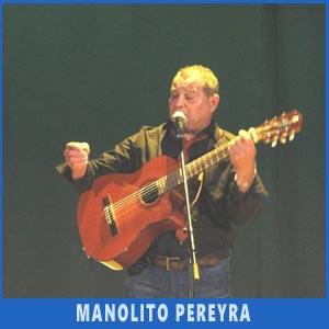 El cantante y guitarrista argentino Manolito Pereyra actuando en Auditorio de Teis, Vigo