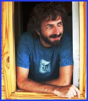 Manuel Klainer es pianista, compositor y arreglador argentino. Integra el dúo Geberovich - Klainer