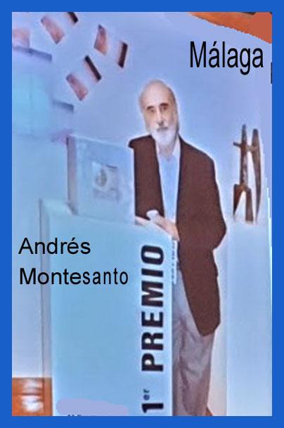 Andrés Montesanto, artista argentino, al recibir un primer premio en un concurso de arte en la ciudad de Máaga, donde vive, en España