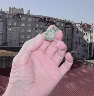 Piedra andina recogida por Juanjo Vargas en las cumbres del Paso de los Patos, Provincia de San Juan, Argentina
