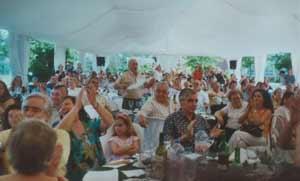 Una de las multitudinarias fiestas del Día de la Patria, el 25 de Mayo, celebrado por la Asociación Argentina Rincón Criollo, de Pontevedra, Galicia, España. Para realizar estos eventos se ha contado con el apoyo de la Deputación de Pontevedra