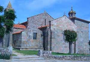 """Iglesia de Santa María de Areal de Finisterre, A Coruña. Del Siglo XII. Areal significa """"arenal"""""""