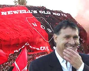 Gerardo Martino, conocido en el fútbol argentino como El Tata Martino, en el estadio del Club Atlético Newell´s Old Boys del Parque Independencia, Rosario, Argentina