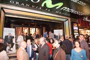 Noche de gran gala en 2010, Teatro Rialto Movistar de Gran Via 54, Madrid. Con todo el aforo completo ha cantando Néstor Rivero, cantante argentino residente en España,  temas de su nuevo CD