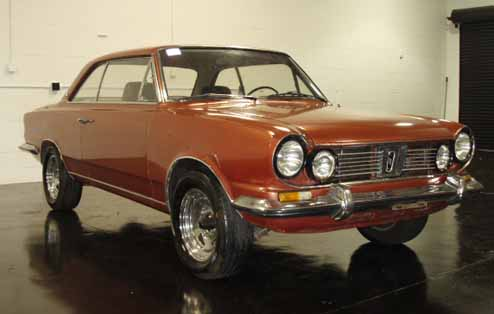 Coche argentino Torino, creado por IKA Industrias Kaiser Argentina y que continúo fabricando Renault Argentina