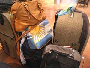 Y en las valijas, los colores argentinos