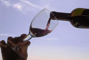 En cualquier lugar del mundo se puede servir un buen vino argentino o producido por argentinos en sus países de acogida